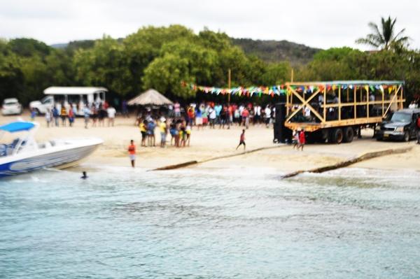 wet-fete-beach
