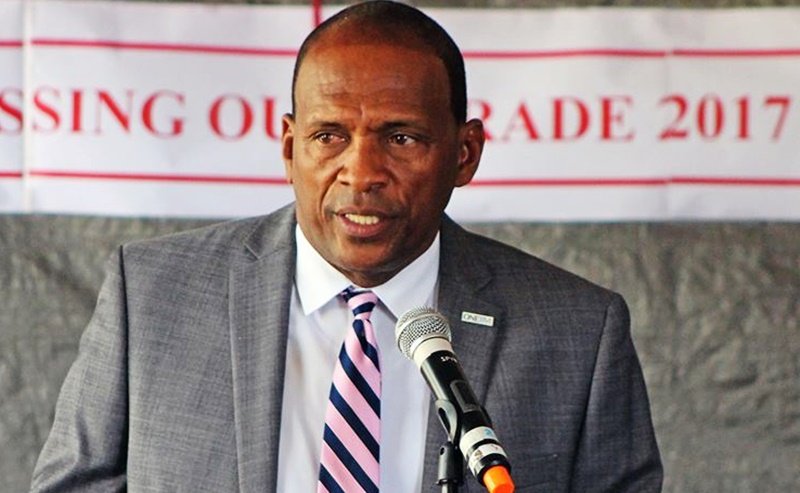 Minister promises road relief on VG
