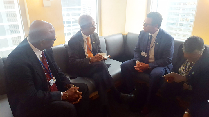 Int'l banks to back recovery, says Premier