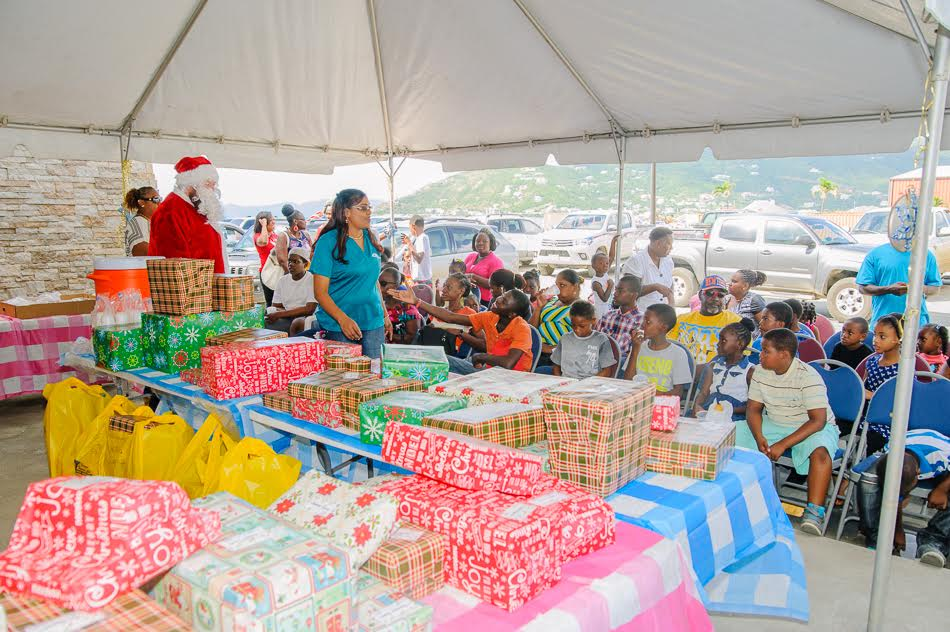 CTL Home Center spreads Christmas cheer